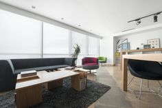 What a lovely new office at vogue design!