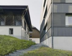 http://www.baunetz.de/architekten/EM2N_Architekten_projekte_1333439.html?p=1808459