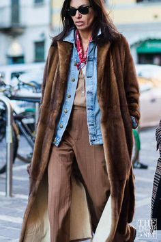 Needing a little bit of wardrobe inspiration? Look no further! Here you will find the most stylish Autumn/Winter 2016 street style looks to try this season.