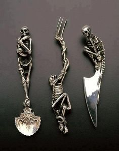 Cool cutlery  http://www.raven-armoury.co.uk/