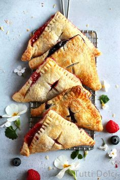 Cherry almond galette is summer bliss! This easy galette recipe features sweet cherries atop a layer of almond paste and flaky all-butter pastry. Just Desserts, Dessert Recipes, Raspberry Desserts, Delicious Desserts, Elegante Desserts, Turnover Recipes, Spring Treats, Flaky Pastry, Le Diner