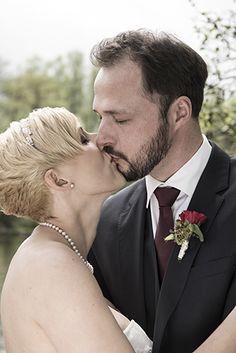 Hochzeit Foto Ebersberg Couple Photos, Couples, Wedding Photography, Nice Asses, Couple Shots, Couple Photography, Couple, Couple Pictures