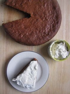 Honey Almond Cake with Honey Cream Cheese Frosting (GF) - use a cashew cream frosting instead