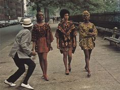 Vintage Fashion Vintage Black Photos — sensuousblkman: Harlem Queens in Cotton Comes to. 70s Fashion, Fashion History, Vintage Fashion, Black Girl Magic, Black Girls, Moda Afro, African American Fashion, Vintage Black Glamour, Look Retro