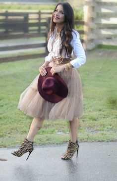 How to wear a tulle skirt over 40, Ms. Jeanie hosted by Suzanne Cirillo