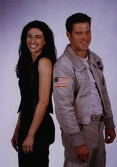 Farscape turns 15 this year! A look back--- one of the original promo pictures of Ben Browder and Claudia Black Best Sci Fi Shows, Sci Fi Tv Shows, Fiction Movies, Science Fiction, Hallmark Mysteries, Ben Browder, Claudia Black, Sci Fi Tv Series, Classic Sci Fi