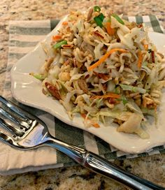 Mom& Asian Ramen Coleslaw - The Cookin Chicks - Food for Thought - Oriental Coleslaw, Chinese Coleslaw, Oriental Salad, Oriental Ramen, Oriental Food, Ramen Coleslaw, Coleslaw Salad, Asian Coleslaw Recipe With Ramen, Al Dente