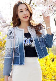 StyleOnMe_Gradient Lace Embrodiery Denim Jacket #springfashion #chic #blue…