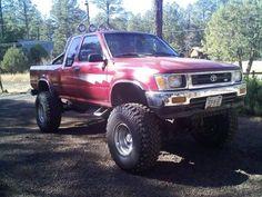 Toyota Pickup 4x4, Toyota Tacoma 4x4, Toyota Trucks, Toyota Hilux, Lifted Trucks, Pickup Trucks, Welding Trucks, Hummer, Cummins