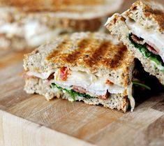 These smoked turkey club paninis are fantastic. Miracles happen when spinach is couched between bacon, bread and cheese and it is all grilled to panini perfection. Panini Sandwiches, Wrap Sandwiches, Turkey Panini, Tofu, Panini Recipes, Bacon Recipes, Turkey Recipes, Appetizer Recipes, Appetizers