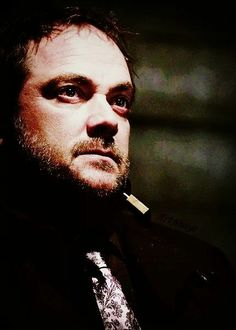 Crowley supernatural .