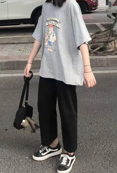 Tomboy Fashion, Teen Fashion Outfits, Edgy Outfits, Korean Outfits, Retro Outfits, Grunge Outfits, Cute Casual Outfits, Streetwear Fashion, Look Cool