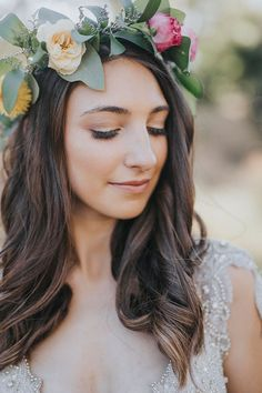 rustic wedding makeup Natural wedding makeup with bright rustic floral crown and loose waves Hair Dos For Wedding, Romantic Wedding Hair, Wedding Hair Flowers, Wedding Updo, Flowers In Hair, Floral Wedding, Natural Wedding Makeup, Wedding Hairstyles For Long Hair, Bridal Makeup