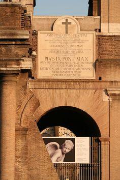 Colloseo - Roma Italy