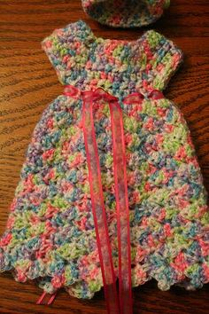 Crocheted Bev's Heavenly Preemie Gown (another Baby Doll pattern)