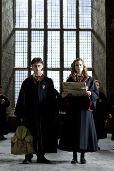 Imagen de Harry Potter, Hermione Granger, wizards and Hogwarts Harry Potter Hermione Granger, Harry Potter Tumblr, Harry James Potter, Dobby Harry Potter, Harry Potter Timeline, Estilo Harry Potter, Mundo Harry Potter, Theme Harry Potter, Harry Potter Pictures