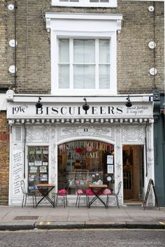 Biscuiteers is a cafe and shop selling biscuits and cookies in London's Nottin., Biscuiteers is a cafe and shop selling biscuits and cookies in London's Notting Hill. It's one of the prettiest cafes and shops in London. Great Places, Places To Go, Beautiful Places, London Places To Eat, London Cafe, London Blog, Bars London, London Pubs, Paris Cafe