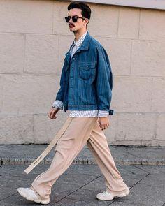 Clock the latest Eastern European street style from Moscow Fashion Week 📸: Mens Fashion Summer Outfits, Casual Summer Outfits, London Fashion Week Mens, Estilo Retro, Minimal Fashion, Mens Clothing Styles, Streetwear Fashion, Fashion News, Men Dress