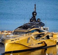I can't resist to repost a photo of that beauty! KHALILAH 15748 ft m) Builder : Palmer Johnson Saint-Mandrier-sur-Mer - by yachts_la_ciotat Yacht Design, Boat Design, Yacht Luxury, Luxury Cars, Luxury Homes, Super Yachts, Speed Boats, Power Boats, Best Yachts
