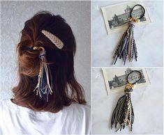 ハンドメイドマーケット+minne(ミンネ)|+スエードフリンジゴム【ブルーorブラック】 Diy Hair Accessories, Crochet Accessories, Handmade Accessories, Hair Barrettes, Headbands, Macrame Design, Homemade Jewelry, Fabric Jewelry, Crochet Hair Styles