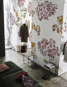 Brit-chic www.wallanddeco.com #wallpaper, #wallcovering, #cartedaparati