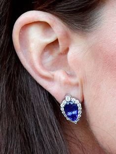 Catherine, Duchess of Cambridge, sapphire earring detail, as she opens the Action on Addiction Community Treatment Centre in Essex on February 7, 2018 in Wickford, England.