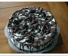 Oreo Ice Cream Cake is a terrific dessert for any occasion. This Oreo ice cream cake recipe is very easy to make. It is best to make it the day before to allow ample time for it to freeze.  ½ gallon of vanilla or chocolate ice cream   One package...