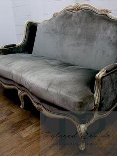 Diy Furniture Couch, French Furniture, Farmhouse Furniture, Classic Furniture, Rustic Furniture, Furniture Makeover, Vintage Furniture, Furniture Design, Blue Furniture