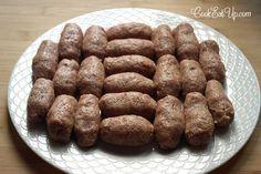 Σουτζουκάκια Σμυρνέικα ⋆ Cook Eat Up! Meat Recipes, Sausage, Cooking, Food, Kitchen, Kochen, Meals, Sausages, Yemek