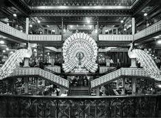 Au Bon Marché intérieur du magasin années 20