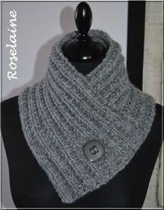 Un chauffe-cou au tricot - Je tricote Tu crochètes - Uncinetto - Crochet - Loom Knitting, Knitting Patterns Free, Knit Patterns, Free Knitting, Crochet Round, Knit Crochet, Crochet Neck Warmer, Knit Cowl, Knitting Accessories
