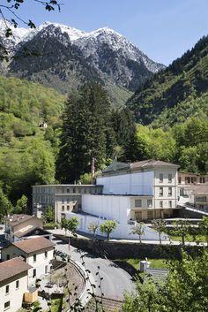 Paper Building - Fondazione La Fabbrica del Cioccolato, Ticino, 2016 - Daniel González studio - http://www.archilovers.com/projects/184676?utm_source=lov&utm_medium=email&utm_campaign=lov_news