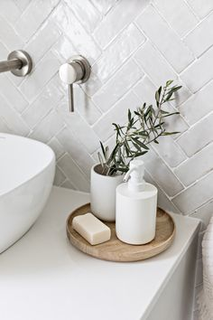 Kardashian Home Interior .Kardashian Home Interior Kardashian Home Interior .Kardashian Home Interior Click The Link For See Bad Inspiration, Bathroom Inspiration, Bathroom Inspo, Bathroom Styling, Bathroom Ideas, Modern Bathroom Decor, White Bathroom, Modern Bedroom, Bathroom Feature Wall Tile