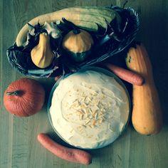 Podzimní zátiší s mrkvovým dortem