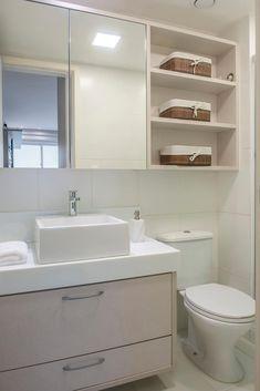 Apartamento Cmte Rubens Silva: Banheiros modernos por Priscila Boldrini Design e Arquitetura Bathroom Furniture, Bathroom Interior Design, Bathroom Wall Decor, Small Bathroom Decor, Bathroom Design Small, Bathroom Design Luxury, Luxury Bathroom, Bathroom Decor, Modern Style Bedroom