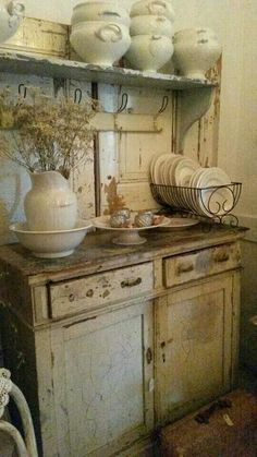 Shabby Chic home decor knowledge reference 6929803454 to attain for one really smashing, bright room. Please press the pin image now for brilliant ideas. Rustic Kitchen, Country Kitchen, Vintage Kitchen, Kitchen Decor, French Kitchen, Vintage Cabinet, Country Living, Kitchen Design, Shabby Vintage