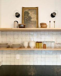 black base, clear bulb, something old to cut the modern edge. Kitchen Interior, New Kitchen, Kitchen Design, Eclectic Kitchen, Kitchen Shelf Decor, Kitchen Shelves, Kitchen Backsplash, Interior Desing, Interior Design Inspiration