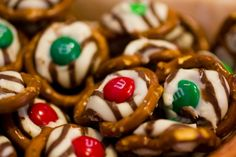 How to make Pretzel Hugs. Your kids will love helping you make this delicious and easy holiday treat! Every one will love them!