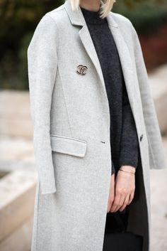 Chanel brooch / Anna Sofia - Style Plaza