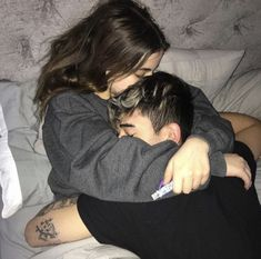 Find images and videos about love, couple and goals on We Heart It - the app to get lost in what you love. Cute Couples Photos, Cute Couple Pictures, Cute Couples Goals, Cute Boyfriend Pictures, Cute Couple Poses, Cute Couples Texts, Cute Couples Cuddling, Beautiful Pictures, Retro Pictures