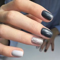 Autumn Nails 2018 Every women can try this and add pretty look & high class to nails!Every women can try this and add pretty look & high class to nails! Leopard Nails, Gray Nails, Matte Nails, Dark Gel Nails, Glitter Accent Nails, Short Nails Shellac, Short Nails Acrylic, Dark Nails With Glitter, Purple Nails