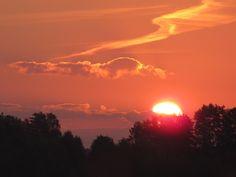 Tak pięknie wschodzi słońce nad Mrągowem.