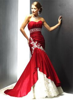 4c3081ef353e Red colored wedding dress! Red And White Weddings, White Wedding Gowns, Blue  Wedding