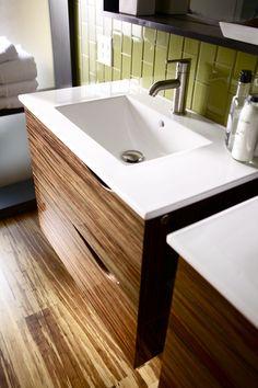 Medium Close Up Of Two VG9038109K1 Bath Vanities Installed Side By Side  With The VG01038 Single. Seite An SeiteBadzubehörKleine BäderGebürstetes  Nickel ...