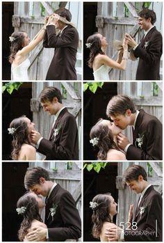 Wedding - First Look - Sam Davis Home © 528 PHOTOGRAPHY #nashville #photographer Wedding First Look, Nashville, Photography, Photograph, Fotografie, Photoshoot, Fotografia