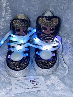 Bling Converse, Bling Shoes, Converse Sneakers, Hello Kitty Bedroom, Princess Face, Disney Princess, Personajes Monster High, Diy Clothes And Shoes, Painted Sneakers