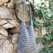 Gray crochet hobo bag - via @Craftsy