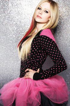 Avril Lavigne Pink Dress | Avril Lavigne