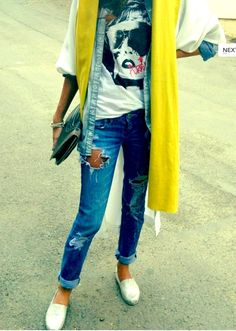 [ARTICLE] Trending in Tehran: Notes from an Iranian Street Style Blog  http://www.messynessychic.com/2013/10/17/trending-in-tehran-notes-from-an-iranian-street-style-blog/