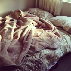Bedding Photography Funny Creative - Bedding For Kids Safe - - Bedding DIY Ideas Indian - Planning A Bedding Quotes Friends - Metal Single Bedding Ideas Photography Ideas At Home, Funny Photography, Cuddles In Bed, Cuddling, Kids Beds For Boys, Creative Beds, Toddler Bunk Beds, Messy Bed, Simple Bed